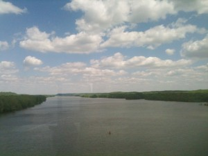 We crossed over the Tennessee River on the way to the banks of the Mississippi.