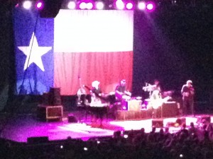 It was a very sweet scene when Willie Nelson played the first chord of Whisky River and the Texas flag dropped down behind the stage.