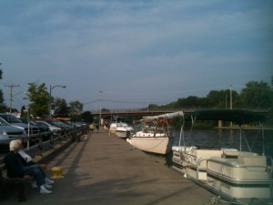 After our day at the beach, we had dinner on an outside patio in the small town of Sylvan Beach. Lots of boats lined up along the boardwalk beside the Erie Canal. it was fun to watch all the comings and goings.