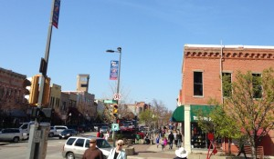 Downtown Lawrence was hoppin' on a random Saturday afternoon. I couldn't believe how many people were out strolling the sidewalks and enjoying the pretty weather in this cute little town.