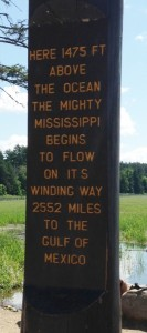 We have crossed the Mississippi River dozens of times since the beginning of our adventure. It was very interesting to finally make it to the 'starting point'.