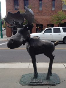 Mudgy and Millie is an illustrated children's book about a moose and a mouse playing hide and seek in Coeur d'Alene. Bronze sculptures are set at different points of the town where highlights of the game between the two characters takes place.