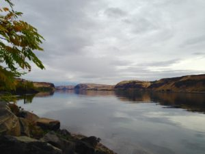 A calm Columbia River.