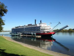 The American Empress Riverboat lets passengers experience the trail of Lewis and Clark along the Columbia and Snake Rivers.